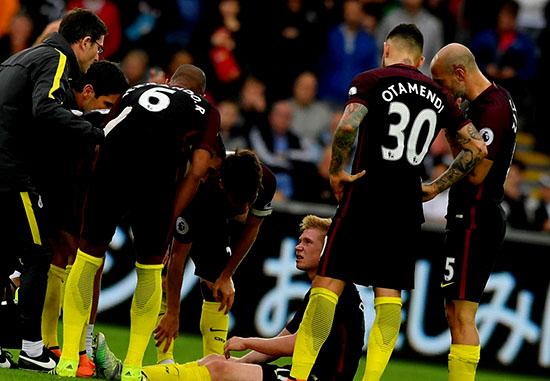 Kevin De Bruyne Cedera Saat Manchester City Menang 3 – 1 Atas Swansea City